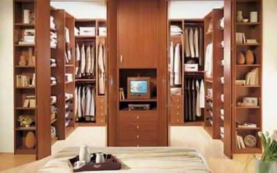 Walk-In Closet By IMA