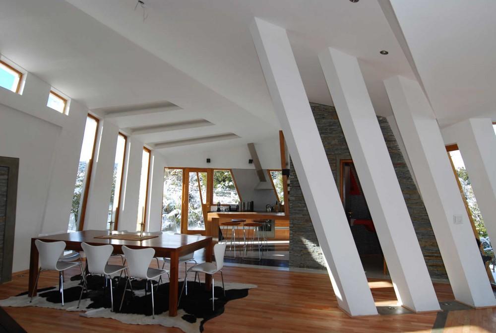Ribbon House By G2 Estudio interiors