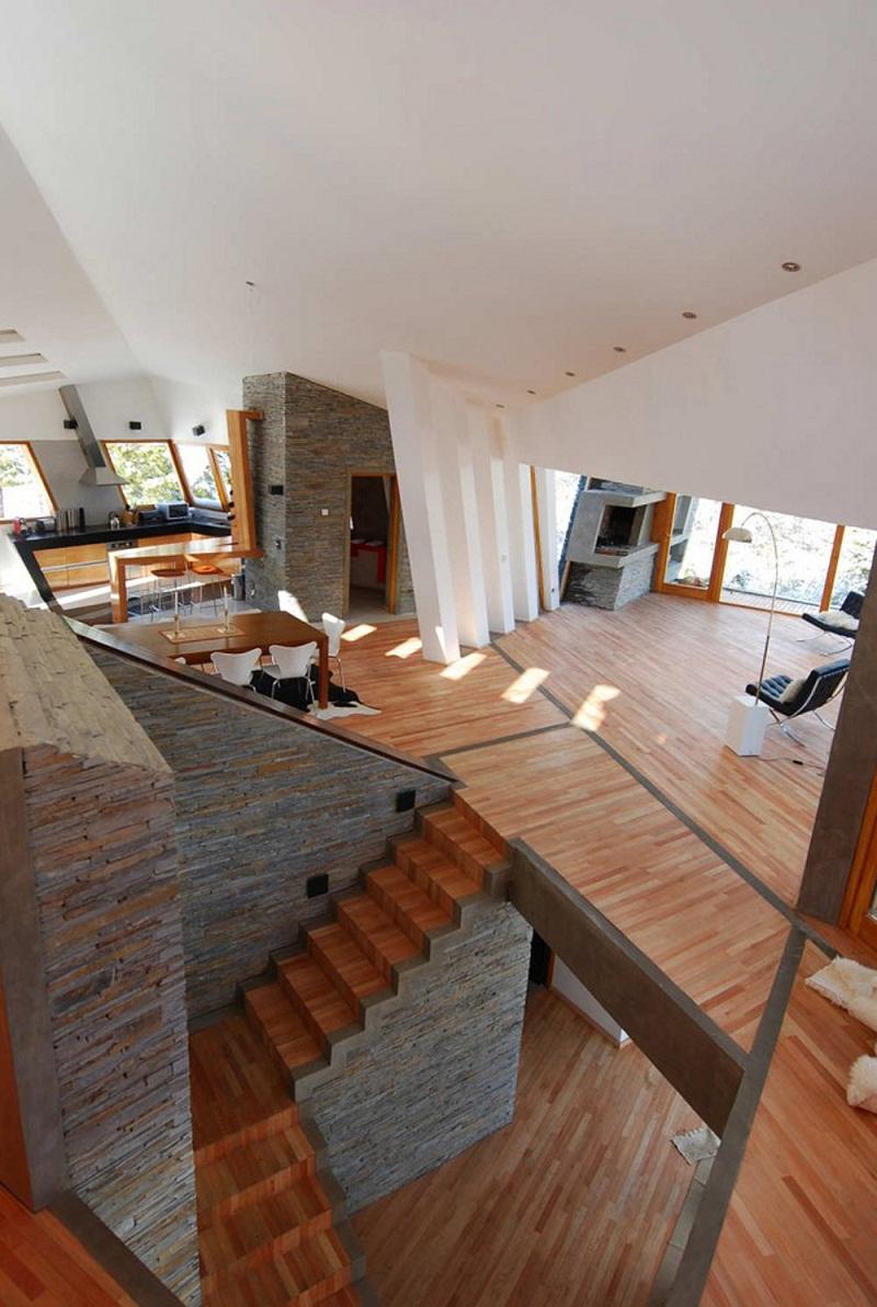 Ribbon House Unique staircase