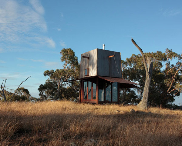 Compact Camping House by Casey Brown Architecture 1