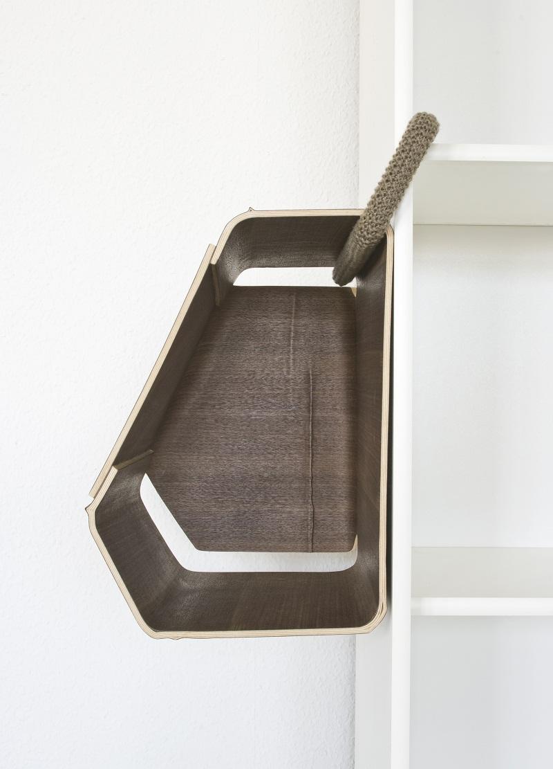 Plus One shelf by Matthias Ries