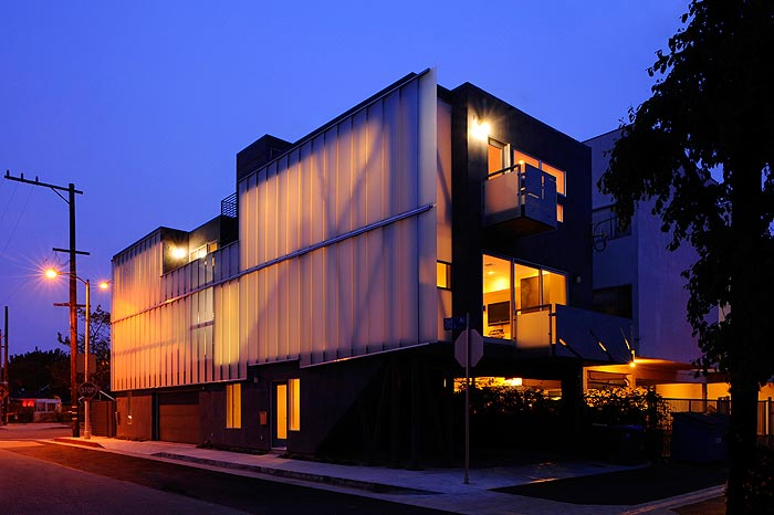 Glass Twonhouses in California in Sander Architects