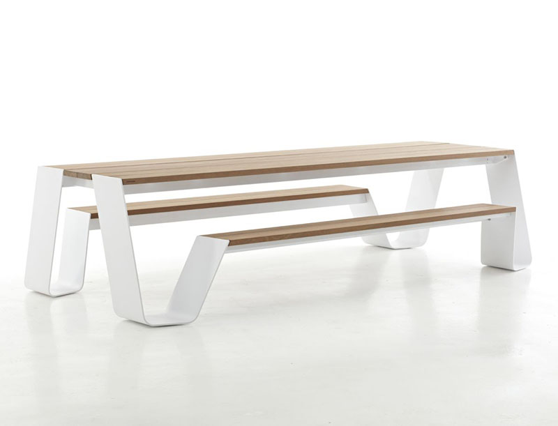 Hopper table and seating combination by Extremis 3