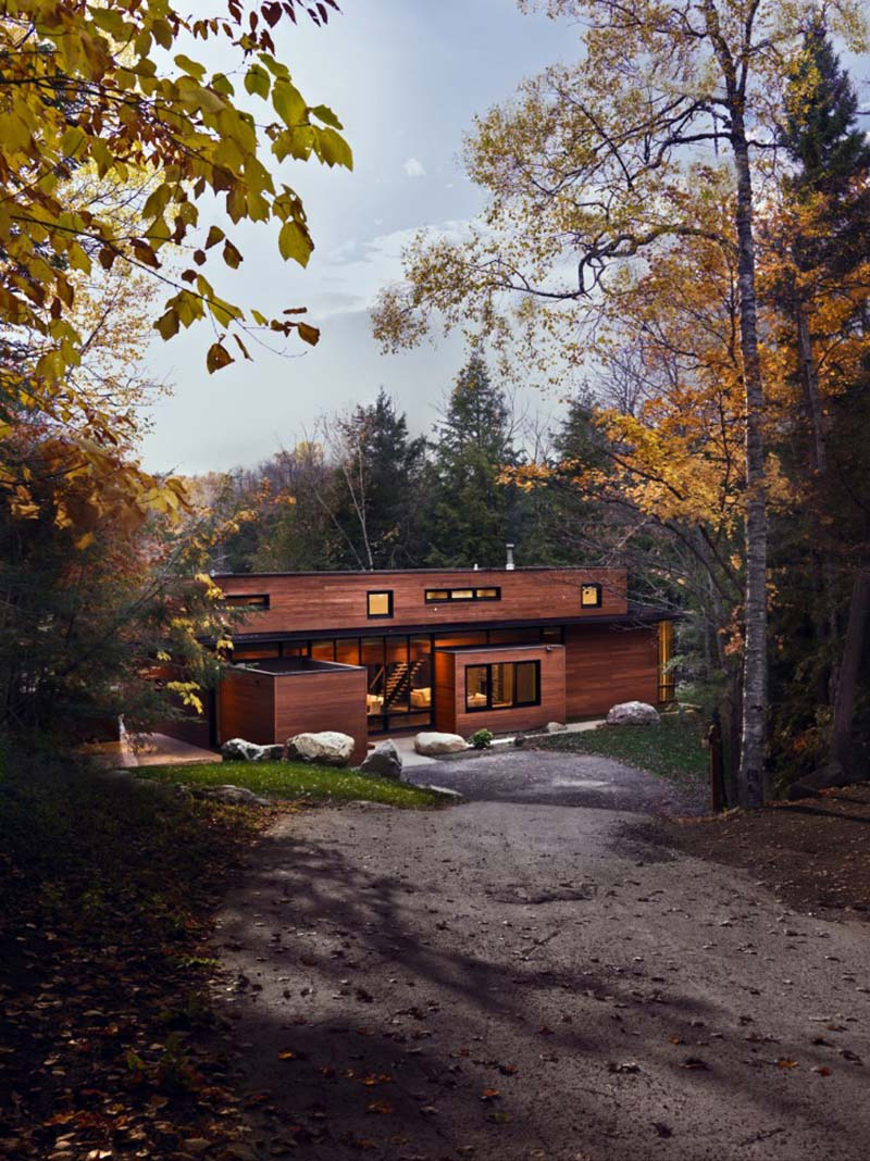 Hurteau-Miller Cottage by Kariouk Associates 4