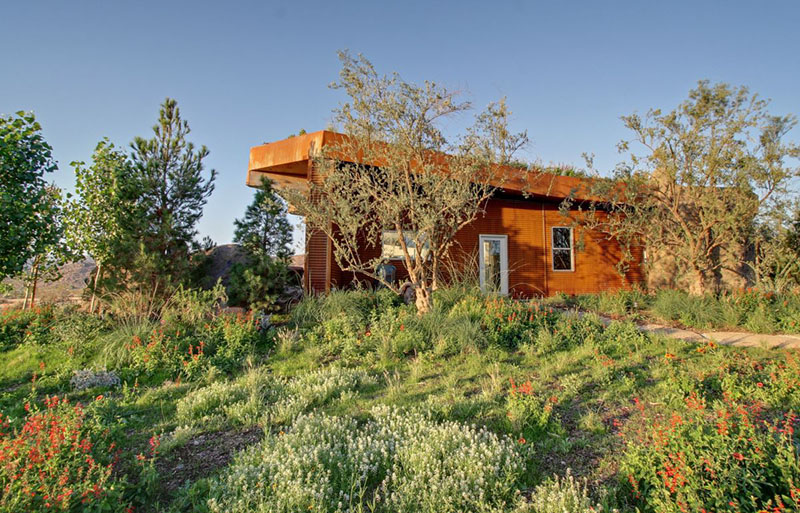 Joshua Tree Boulder House 3