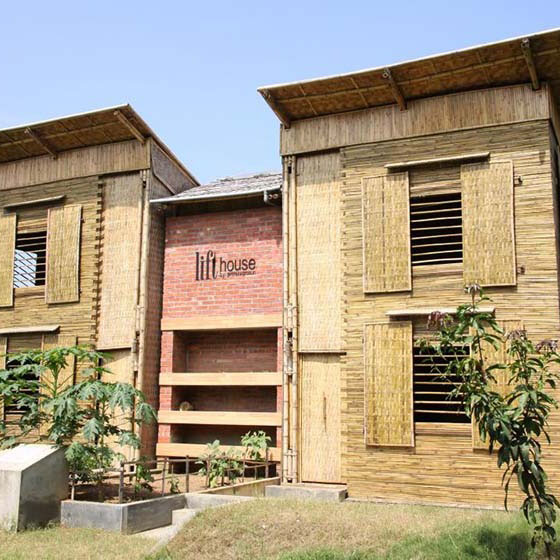 Sustainable Low Cost Flood-Proof House – The Lift