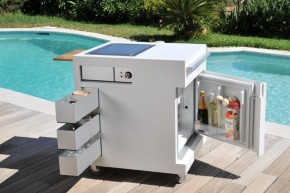Move Kitchen - A Compact Mobile Outdoor Unit