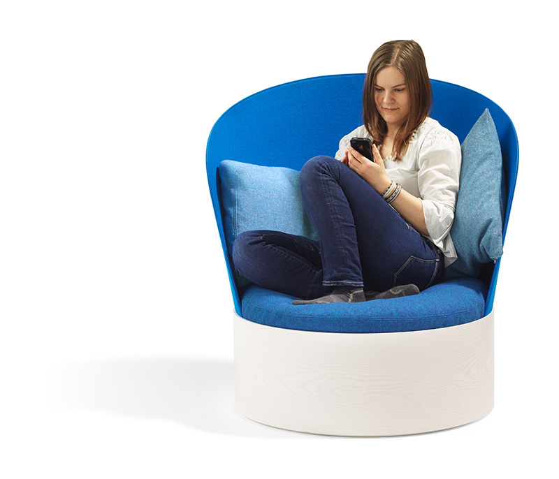 B25 Easy Chair By Cate & Nelson 2