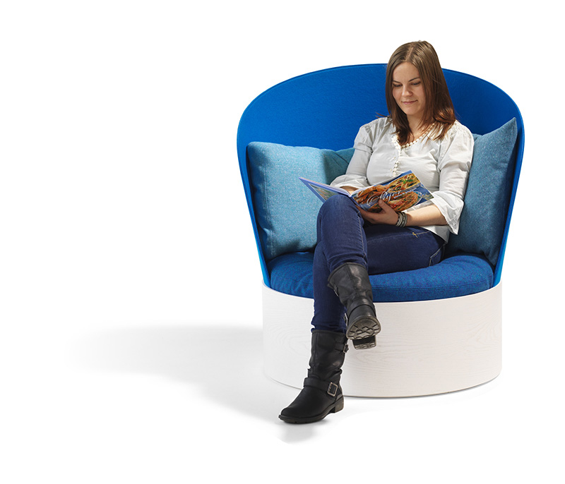 B25 Easy Chair By Cate & Nelson 3