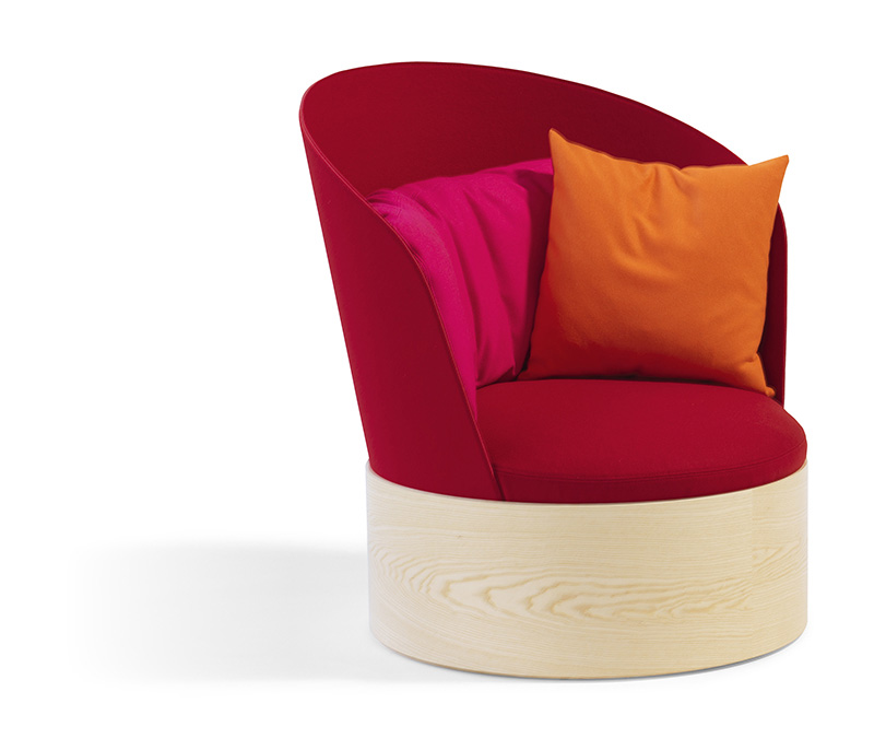 B25 Easy Chair By Cate & Nelson 8