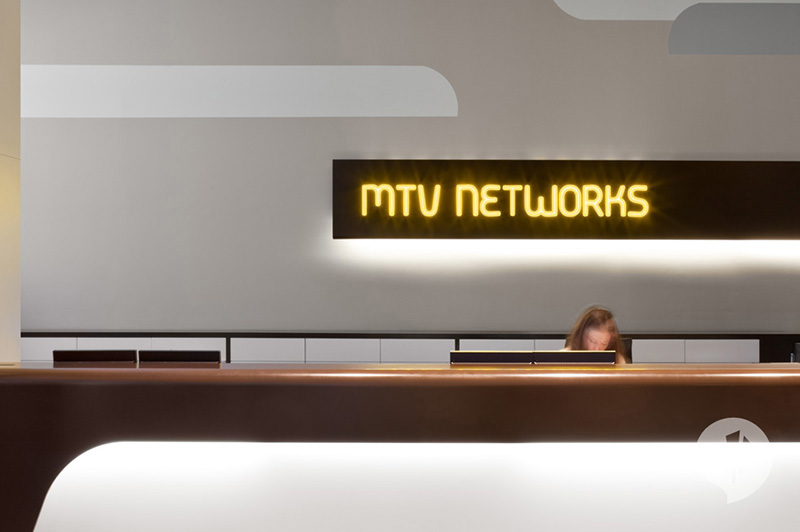 MTV Networks Headquarters Berlin Interiors by Dan Pearlman 4