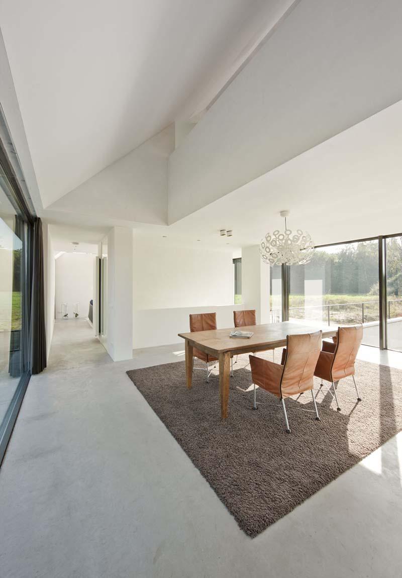 Villa Geldrop by Hofman Dujardin Architects 11