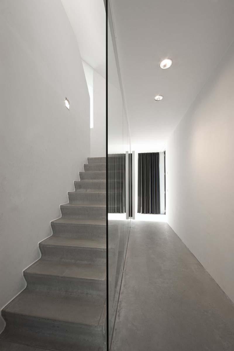 Villa Geldrop by Hofman Dujardin Architects 12
