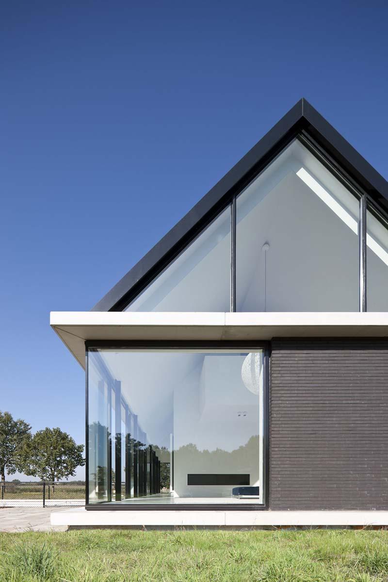 Villa Geldrop by Hofman Dujardin Architects 4