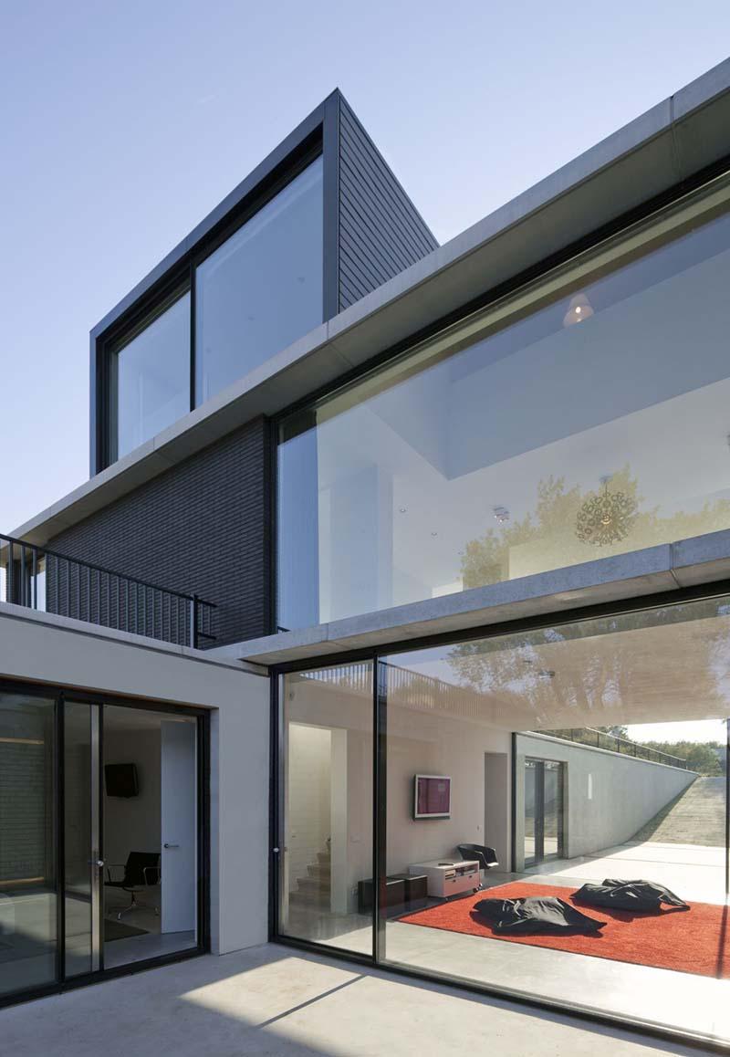 Villa Geldrop by Hofman Dujardin Architects 5