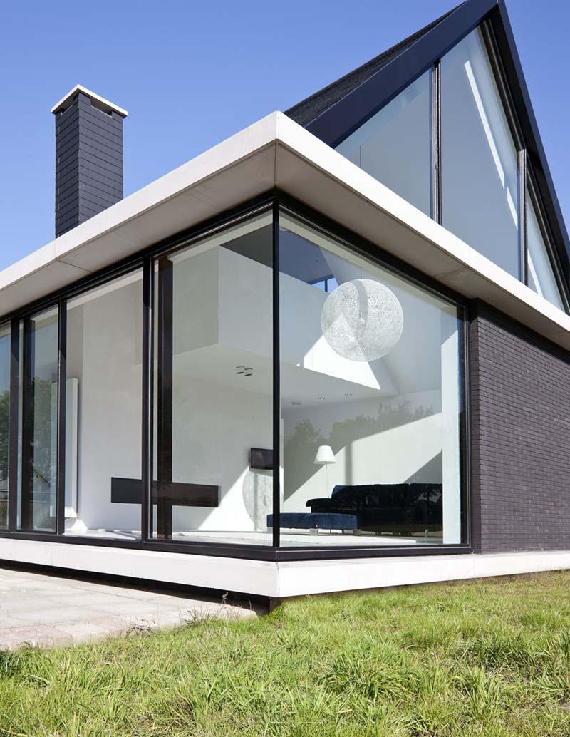 Villa Geldrop by Hofman Dujardin Architects 6