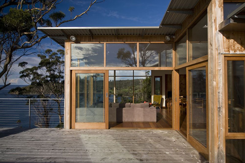 White Perrin House by Dock4 Architecture 5