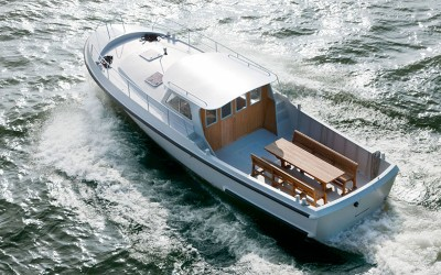 Firmship 42 Modern Boat by Studio Job