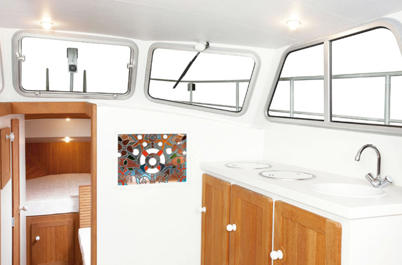 Firmship 42 Modern Boat by Studio Job 2