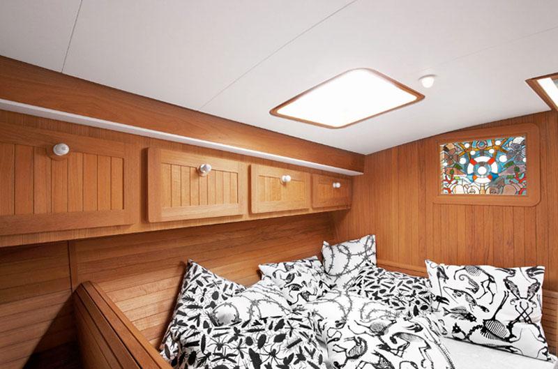 Firmship 42 Modern Boat by Studio Job 5
