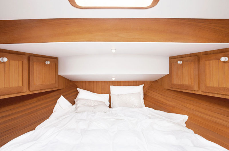 Firmship 42 Modern Boat by Studio Job 6