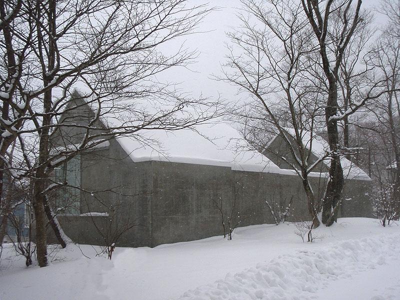 House In Nasu By Kazunori Fujimoto Architects 13