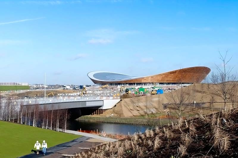 2012 London Olympic Velodrome by Hopkins Architects 2