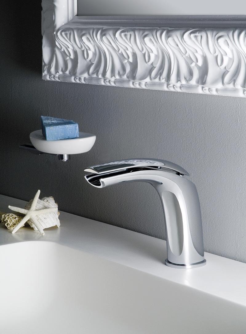 Aria Bathroom Washbasin mixer tap by Webert 3