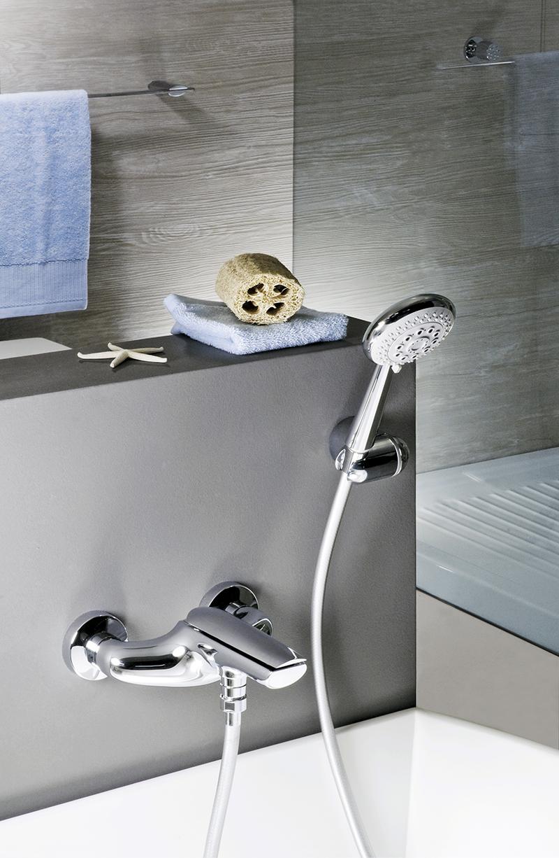 Aria Bathroom Washbasin mixer tap by Webert 5