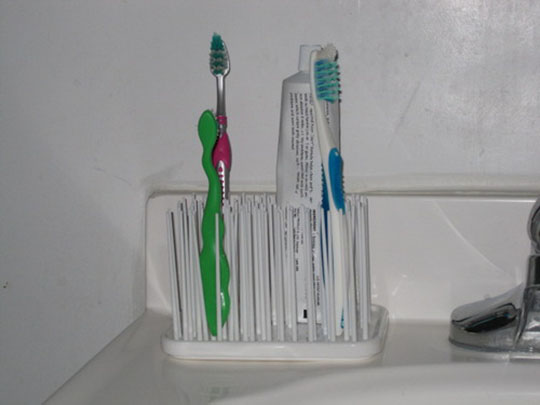 Umbra Grassy Rubber Bathroom items Organizer 3