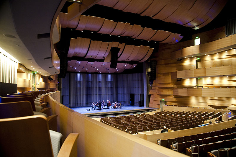 Valley Performing Arts Center by HGA Architects 6