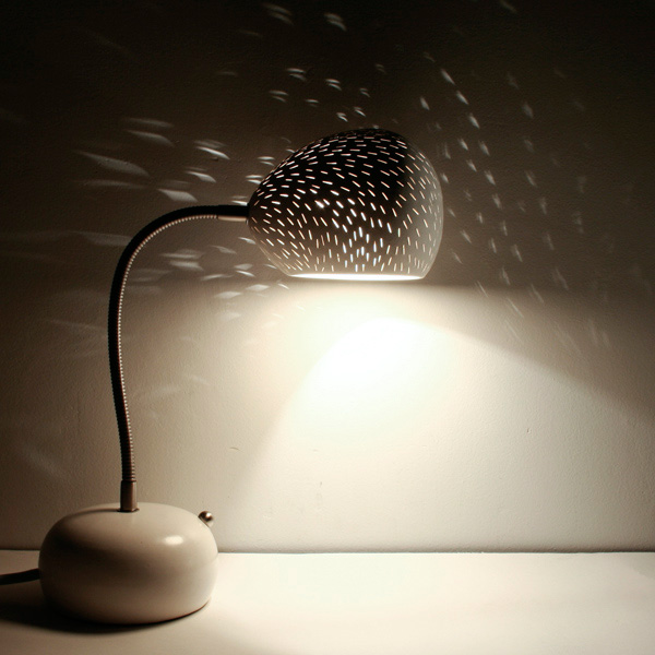 Claylight Porcupine Desk lamp by Sharan Elran 1
