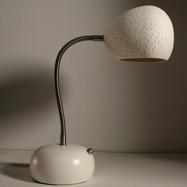 Claylight Porcupine Desk lamp by Sharan Elran 4