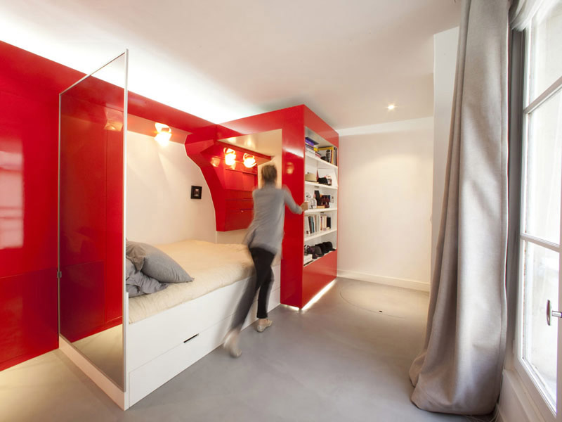 Compact Space Red Nest by Paul Coudamy 1