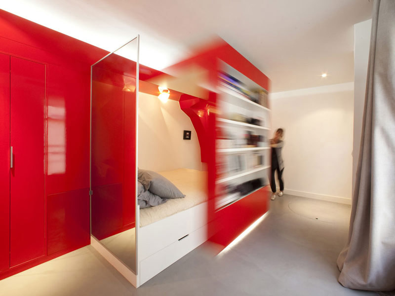 Compact Space Red Nest by Paul Coudamy 2