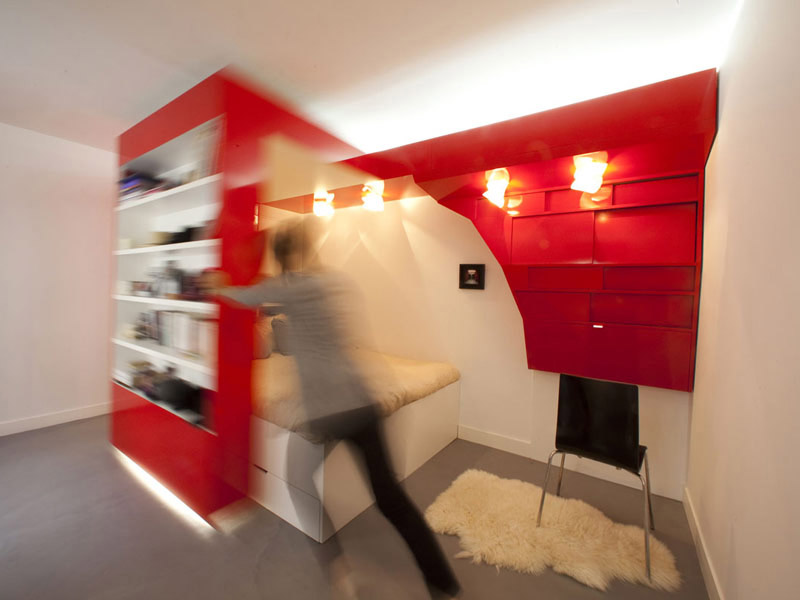 Compact Space Red Nest by Paul Coudamy 3