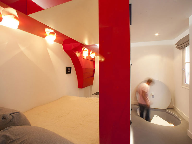 Compact Space Red Nest by Paul Coudamy 4
