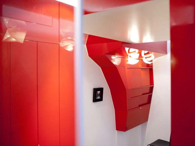 Compact Space Red Nest by Paul Coudamy 5