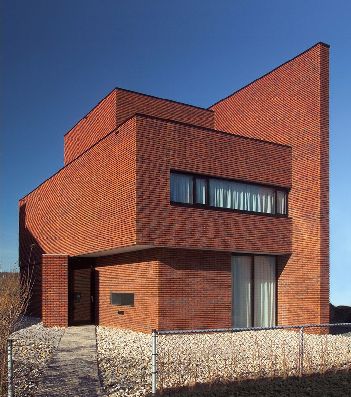 Brick Wall House by 123DV Architecture 4