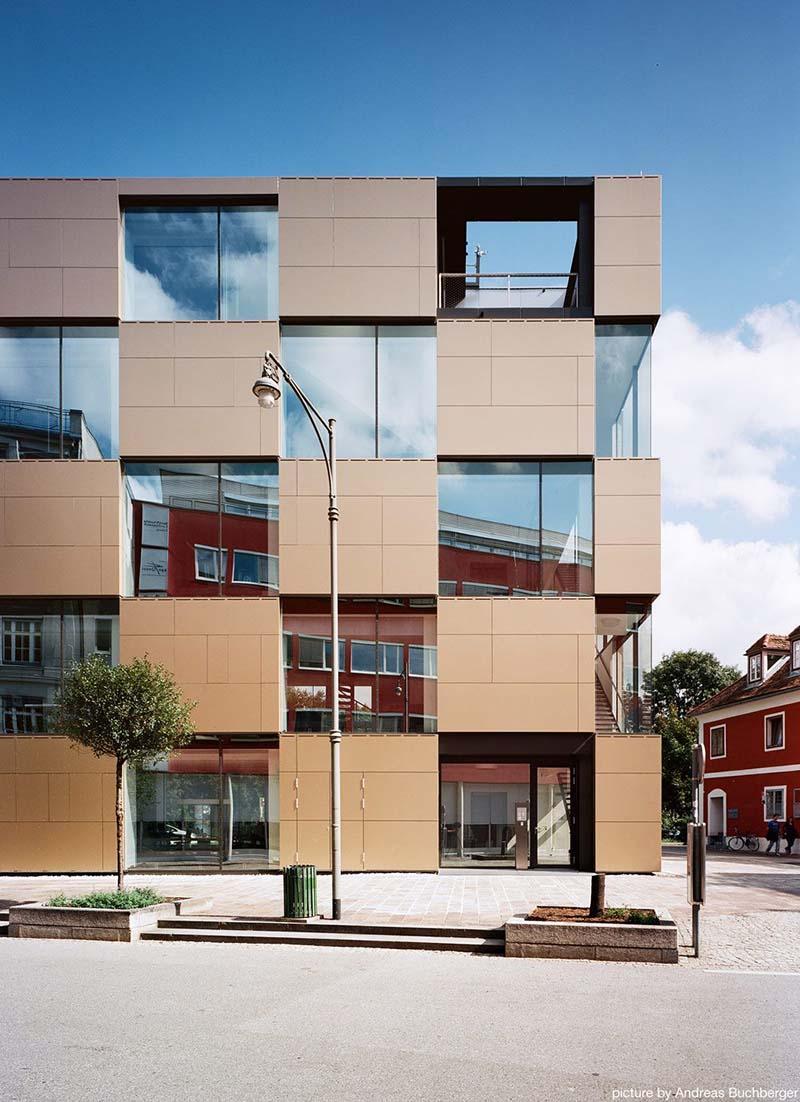 NIK Building by Atelier Thomas Pucher 2