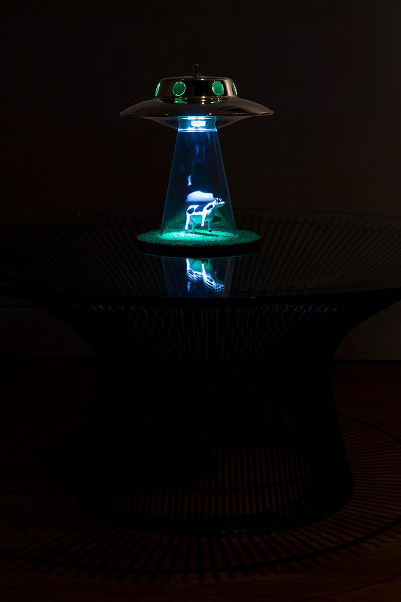 Alien Abduction Lamp 5