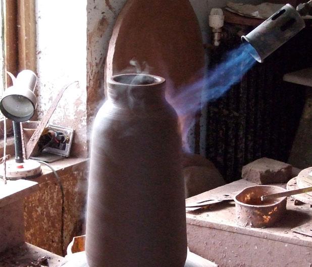 Chimney Clay Pendant Lamp by Benjamin Hubert 9