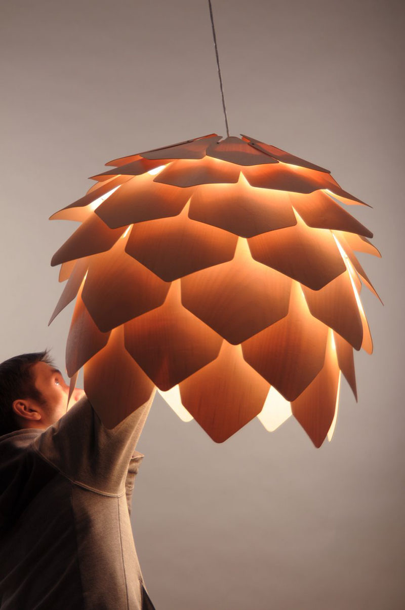 Crimean Pinecone Lamp 2