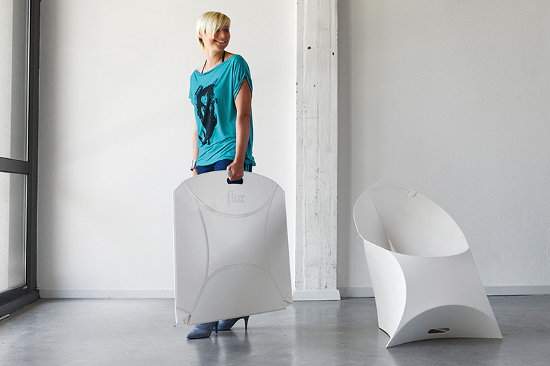 Light and Flexible Flux Chair 1
