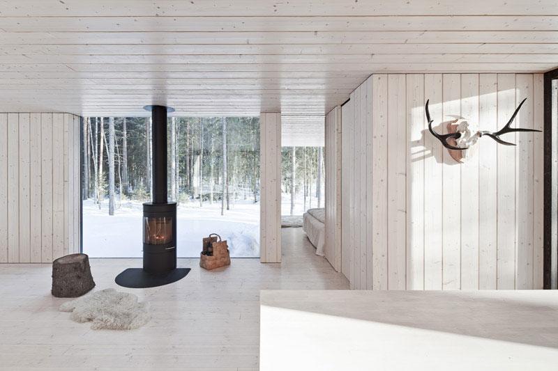 Four-Cornered Villa by Avanto Architects 8