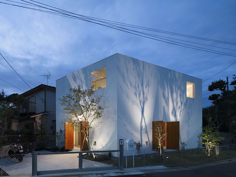 Inside Out House by Takeshi Hosaka Architects 1
