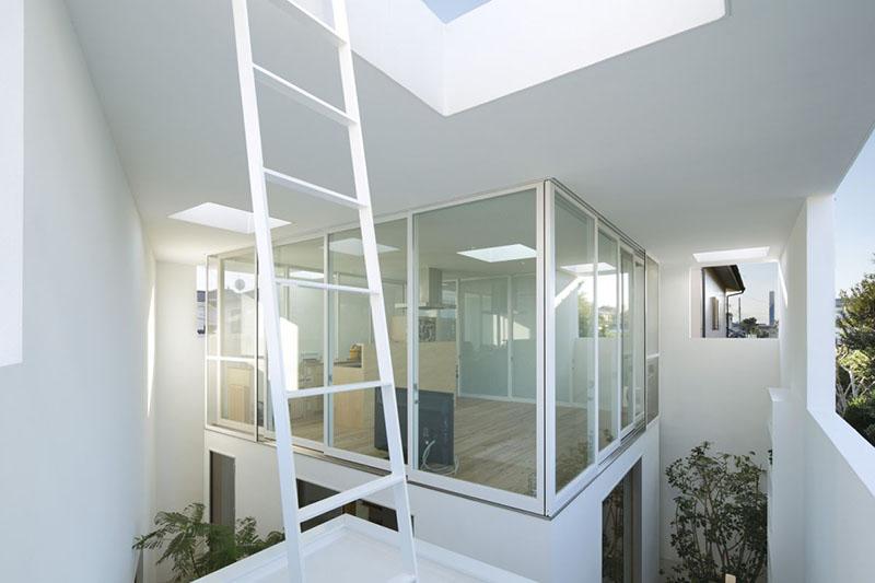 Inside Out House by Takeshi Hosaka Architects 7