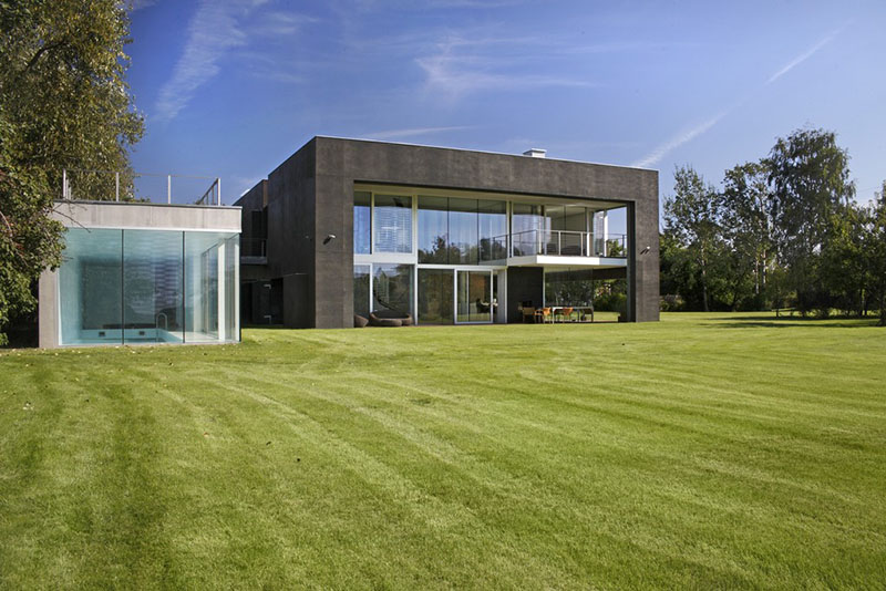 Safe House by KWK Promes 6