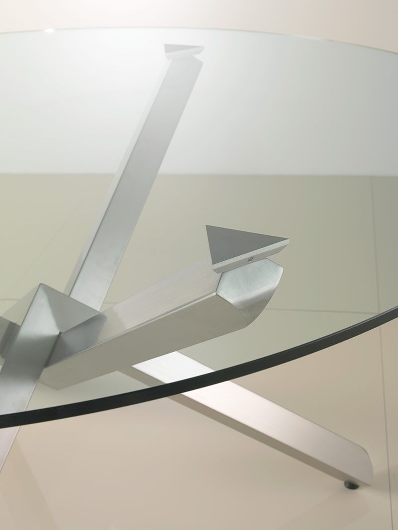 Verve Coffee Table by Enrico Pellizzoni 4