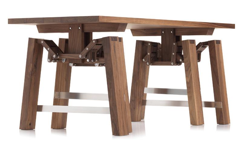 Walking Table by Wouter Scheublin 1
